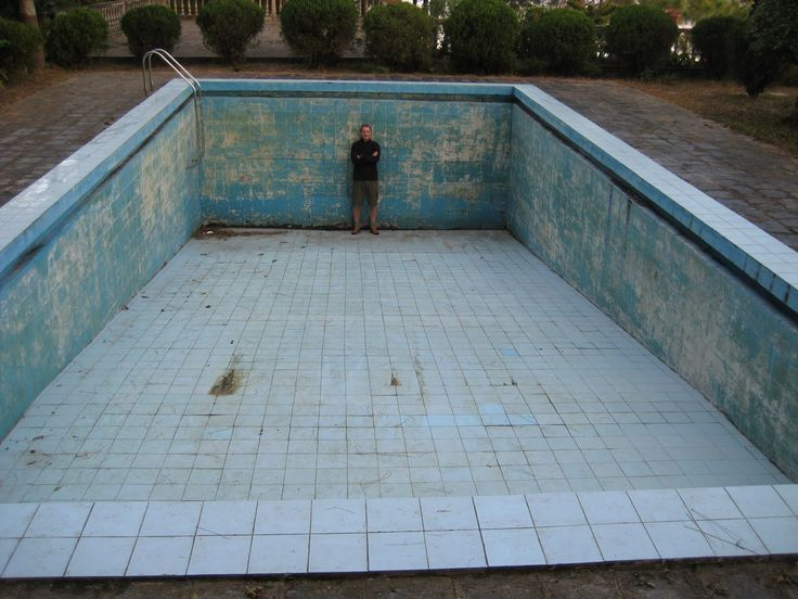 pin by francesca mastruzzo on empty swimming pools pinterest