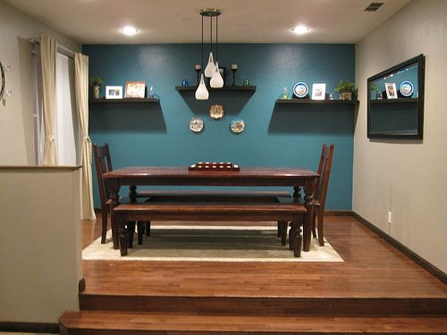 Teal accent wall in dining room - Dining room accent walls ...