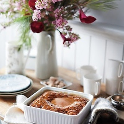 Sticky Toffee Pudding with Toffee Sauce | ~AROMATHERAPY~ | Pinterest