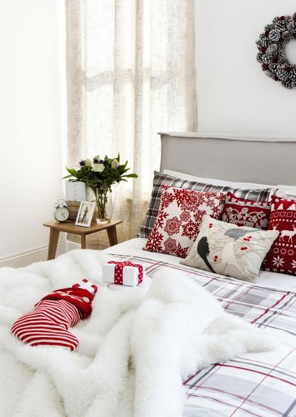 Christmas in bedroom
