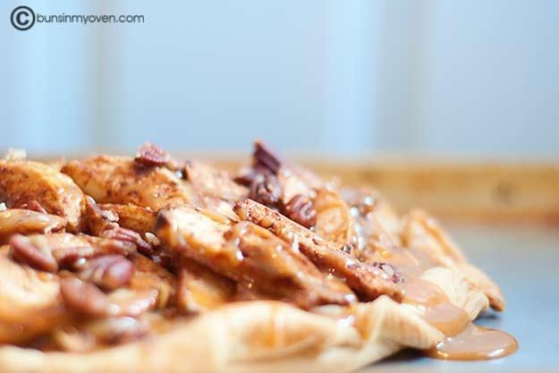 Apple Galette with Caramel Sauce | Food: Fruit Desserts | Pinterest