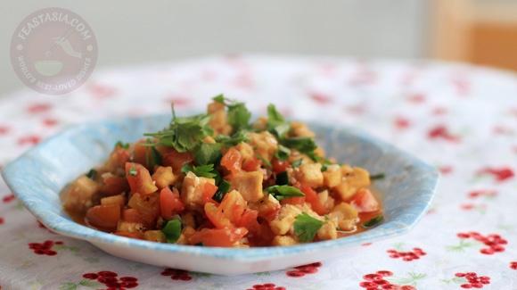 How to cook: Crisp tofu in tomato chili sauce