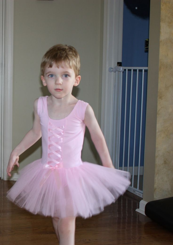 What you get when you have a crazy Gramme, a pink tutu and a little boy. I wore one like that more then once.