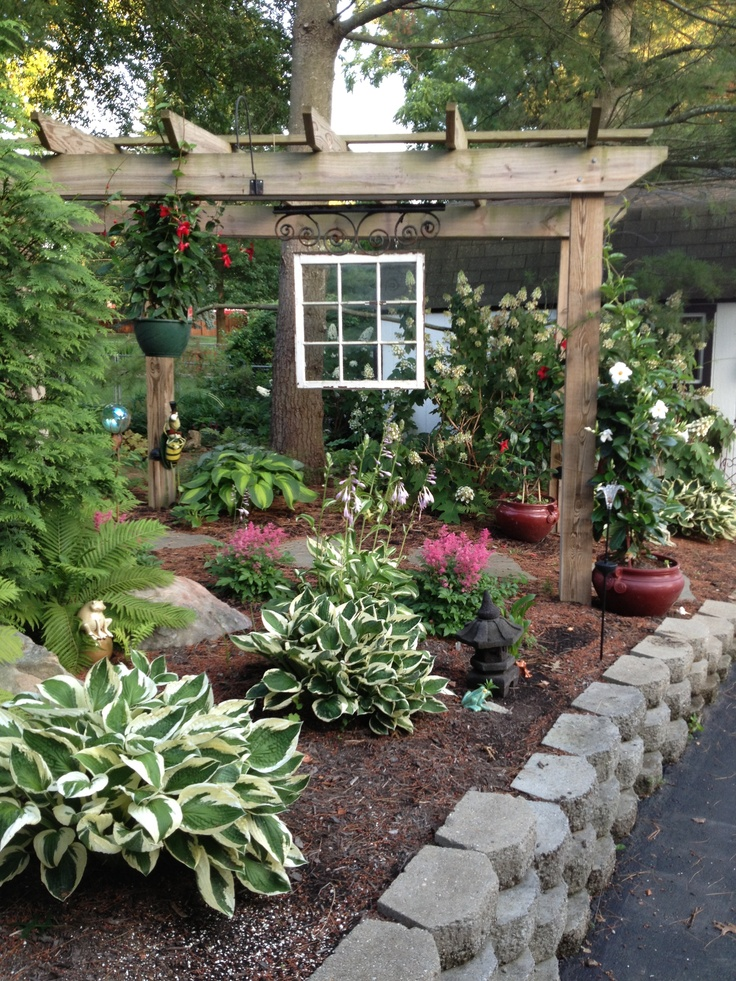 Shade garden ideas pictures photograph shade garden hangi for Shade garden designs
