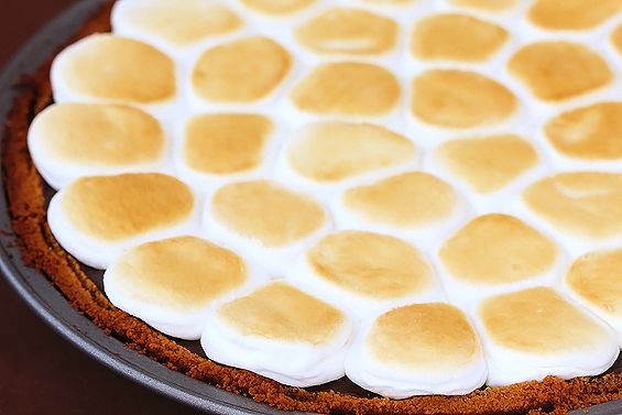 s'mores pie. for kate.