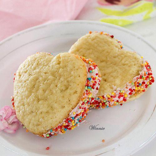 Heart shaped raspberry whoopie pies   . Good Ol' S W E E T. Tooth   P ...