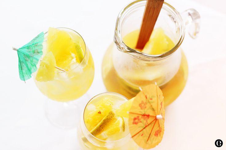 Pineapple Sangria #summer #eladesign | ::Fabulous Drinks:: | Pinterest