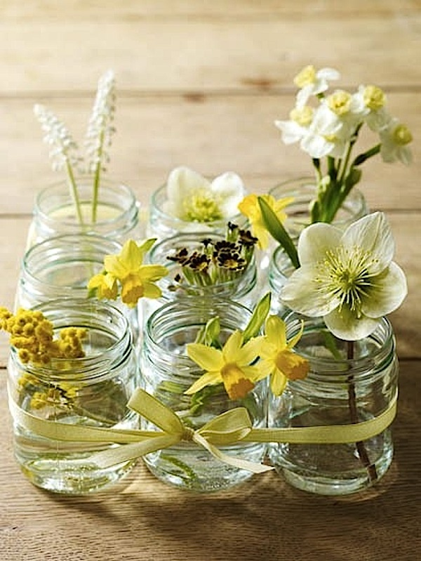 Creative mason jar centerpiece