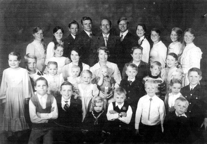A polygamist family from Colorado City | Anthropology | Pinterest