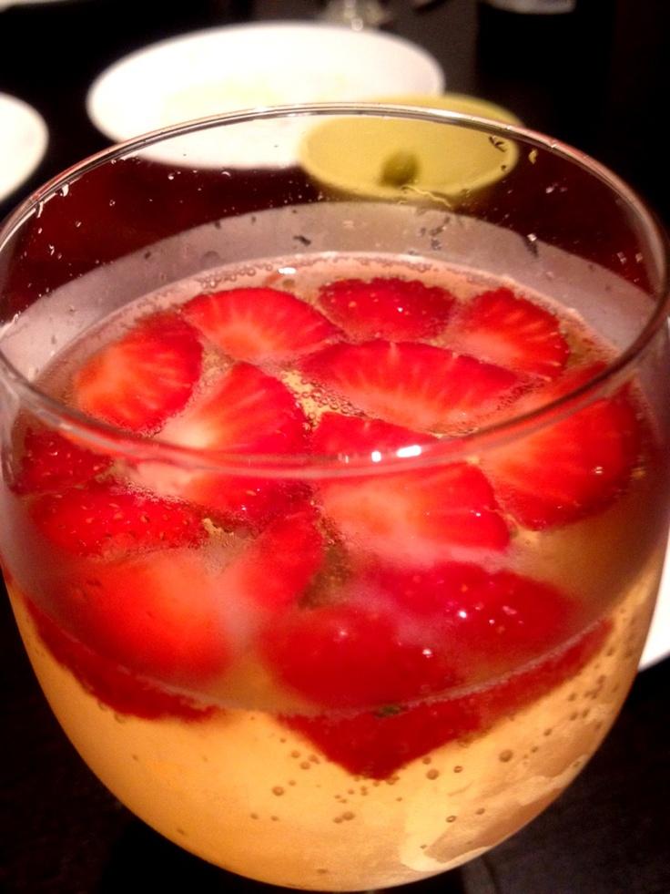 Cava con fresas!