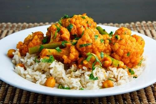 Cauliflower and Chickpea Curry | Favorite Recipes | Pinterest
