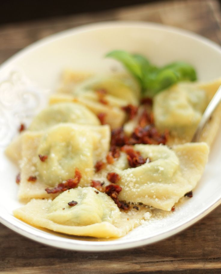 Ravioli with Ricotta and Spinach | Recipes I Like or want to try | Pi ...