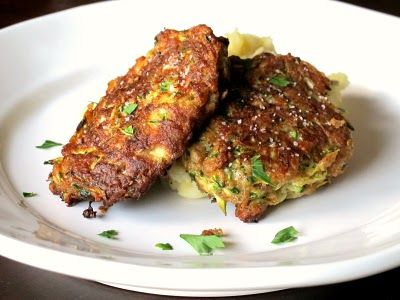 Zucchini fritter- love fritters. I think I can do this recipe with ...