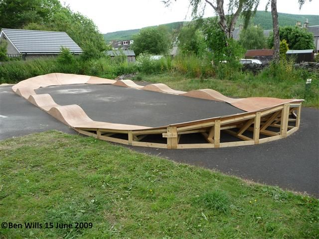 Backyard Pump Track Layout : wooden pump track  want to build a pump track in the back garden