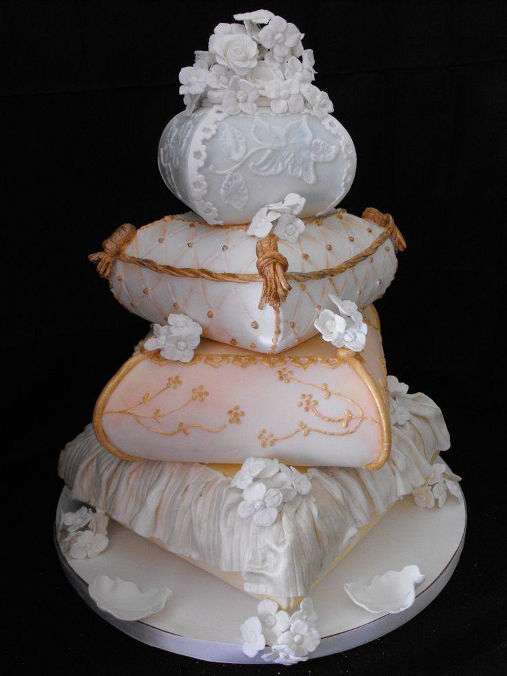 Cranbrook Wedding Cakes