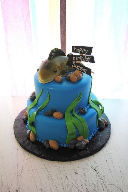 fish themed tiered cake by redpanda19, via flickr