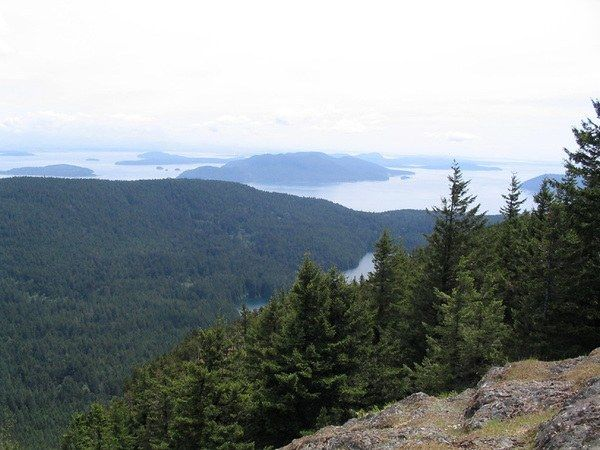 Mountain Lake Loop, San Juan Islands Orcas Island, 3.9 miles, 50 ft.