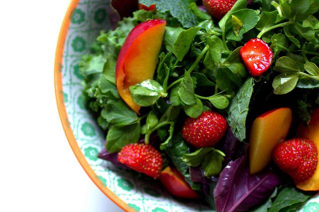 fresh market salad: kale, pea shoot, strawberries + nectarines