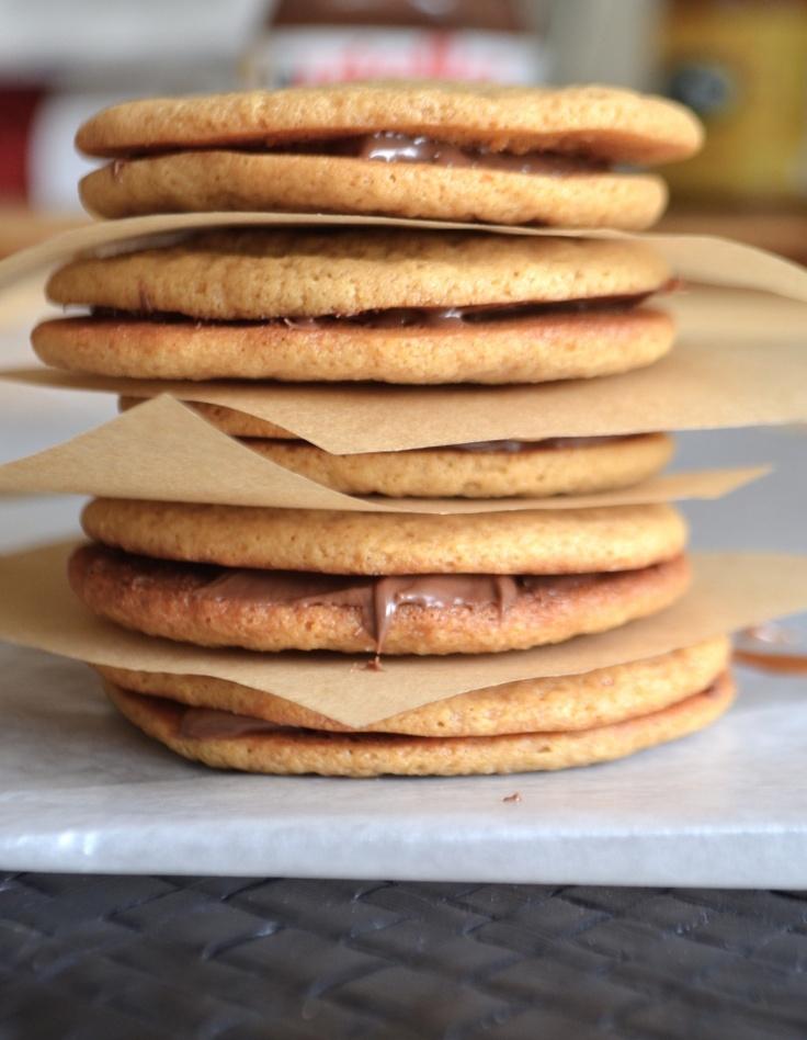 Dulce De Leche Sandwich Cookies   Leche   Pinterest