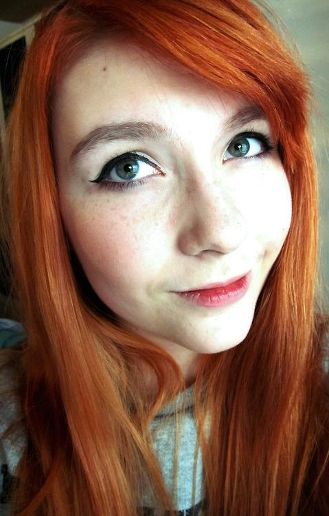 Apologise, but, redhead girl with green eyes precisely
