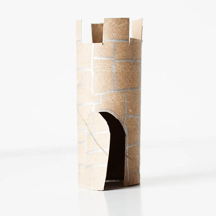 Castle from toilet paper tube - great idea! Perfect for LEGO minifigs or other small toys