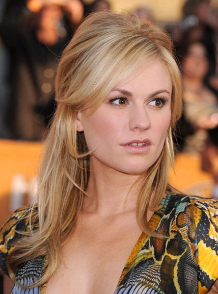 Anna Paquin looks awesome as a blonde. The shading is great.