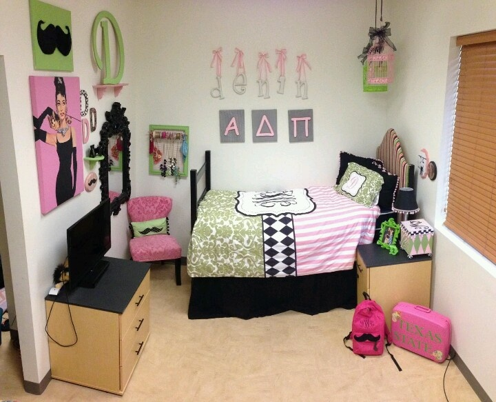 Pinterest discover and save creative ideas for College apartment bedroom ideas pinterest