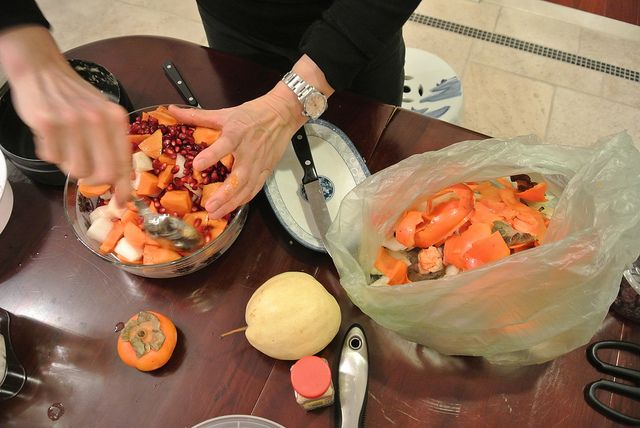 Fruit salad: persimmon and pomegranate | The Adventures of LettuceSpo ...