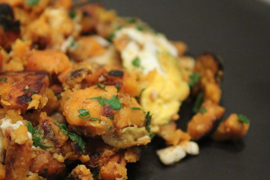 Sweet Potato Hash 1 sweet potato, peeled and sliced, 2 eggs, 2-4 ...
