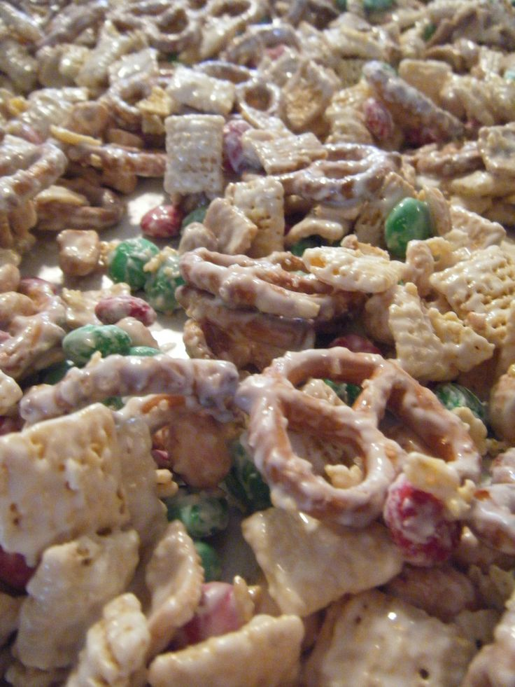 Christmas Party Snack Mix | candy ideas | Pinterest