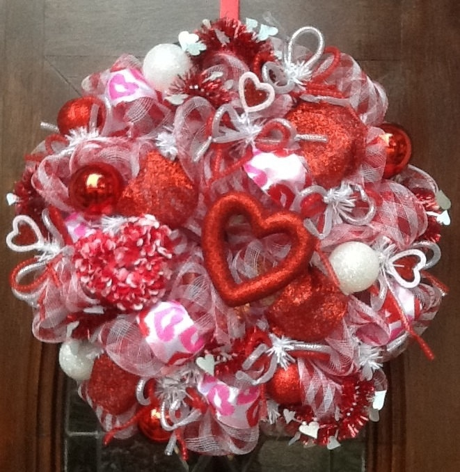 cute valentine wreath ideas