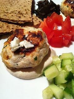 Mini Greek turkey burgers | Get in my Belly: Good Eats | Pinterest