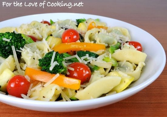 Spinach and cheese tortellini primavera - good weeknight meal.