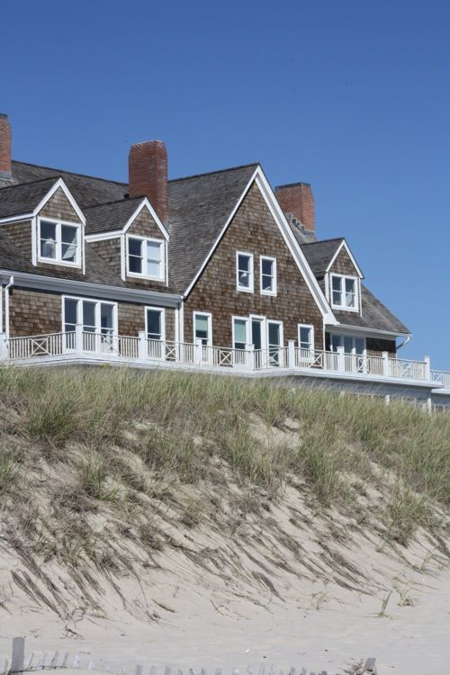 In the hamptons hamptons style pinterest for Houses of the hamptons