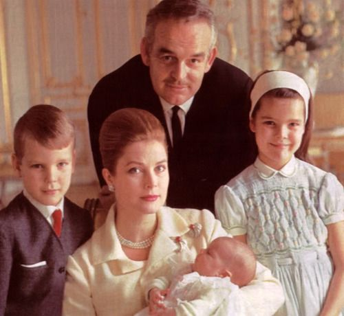 1965 - Princess Grace Kelly with her husband prince Rainier III, their ...