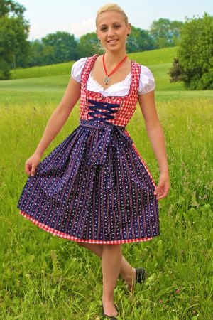 Dirndel..traditional german dress. | Traveling Rocks ...