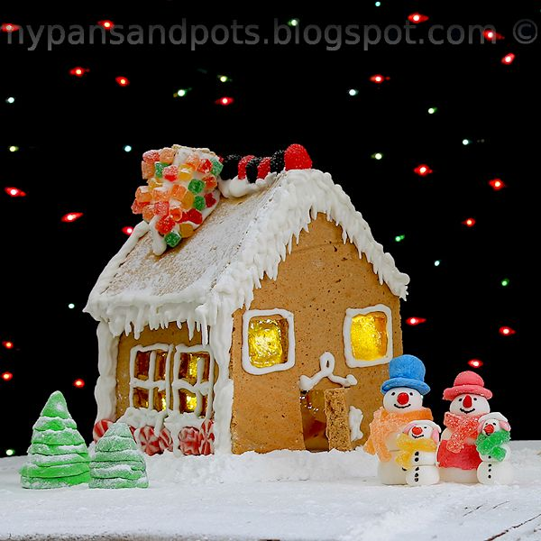 Old fashioned Gingerbread house | Christmas Get Togethers | Pinterest