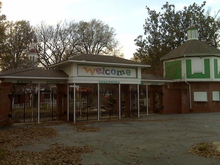 Libertyland Memphis Old Abandoned Amusement Parks Pinterest