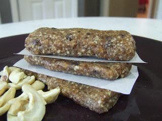... Gluten (& Dairy) Free: Homemade Chocolate Chip Cookie Dough Lara Bars