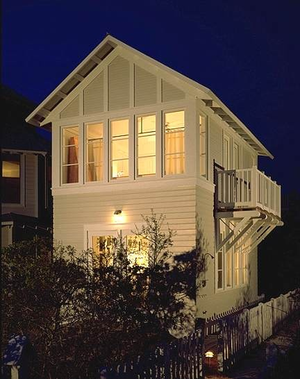 sweet small cottage in Seaside Florida home maybe