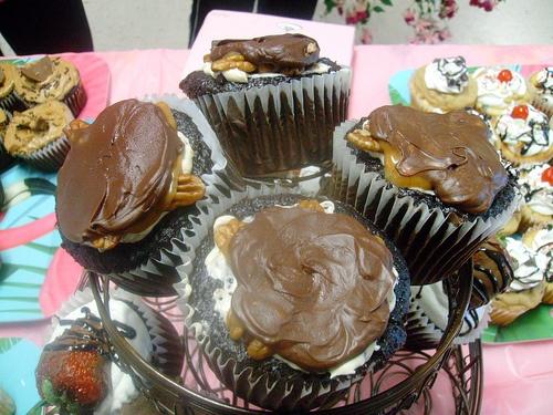 Chocolate Covered Caramel Turtle Cupcake | Turtle...Turtle...Turtle ...