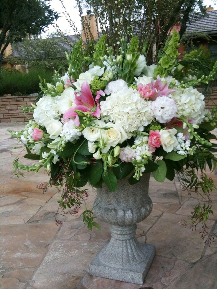 Urn arrangement wedding diy pinterest for Garden arrangement