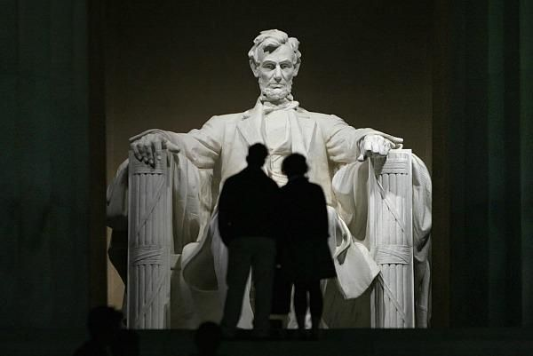 abe lincoln memorial day speech