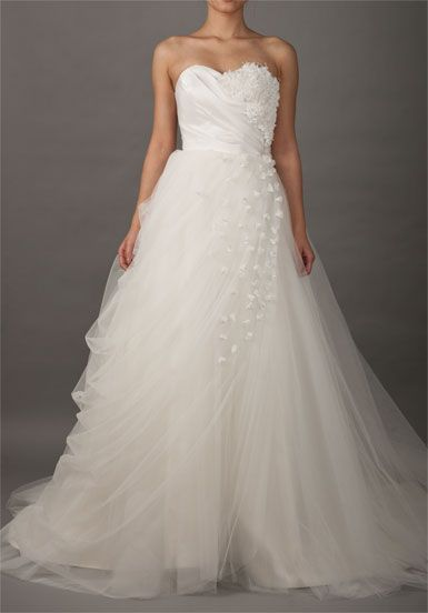 Sweetheart Romantic Wedding Dress