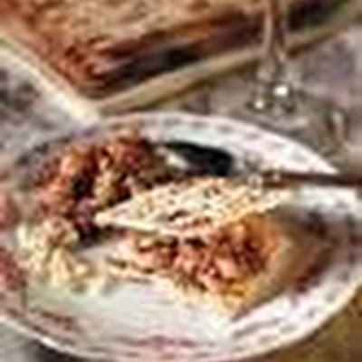 Traditional Apple-Walnut Charoset | Yummy | Pinterest