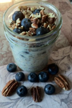 Blueberry Maple Pecan Refrigerated Oatmeal | Sustainable Nutrition ...