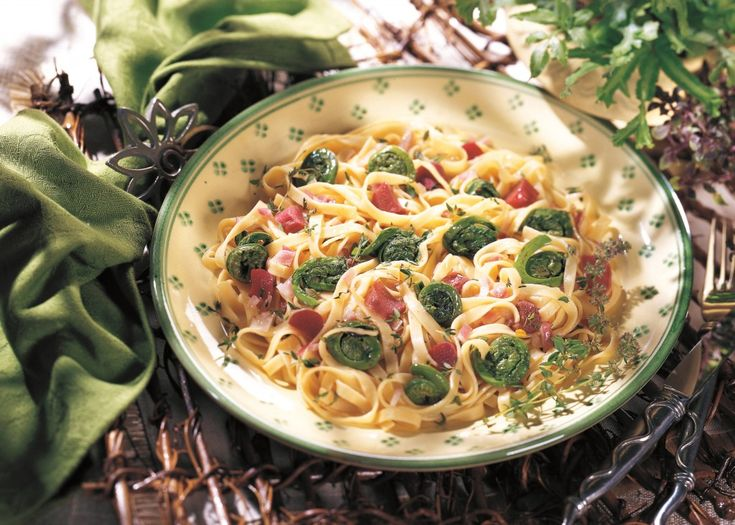 ... Vegan, Herbal Recipes: Fettuccine and Fiddleheads in Thyme Vinaigrette