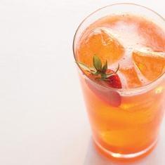 Strawberry, Lemon, And Basil Soda (via www.foodily.com/r/Z1fHVYzvT)