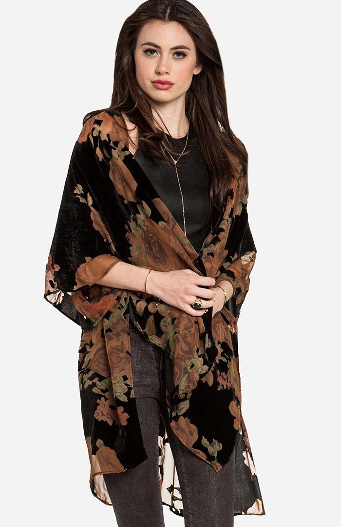 Floral Velvet Kimono | outfits | Pinterest