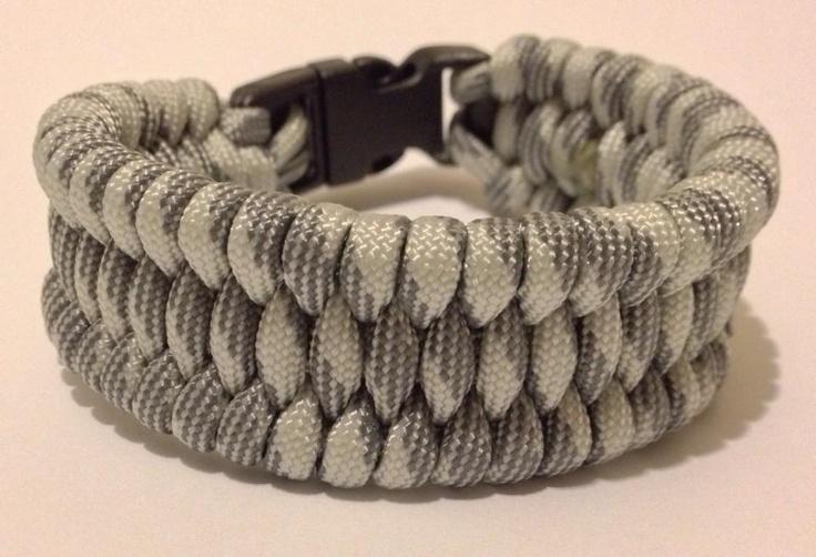 How To Basket Weave Bracelet : Basket weave wide paracord bracelet kidsleather walls